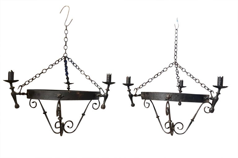 Set of Four Spanish Iron Chandeliers In Good Condition For Sale In Atlanta, GA