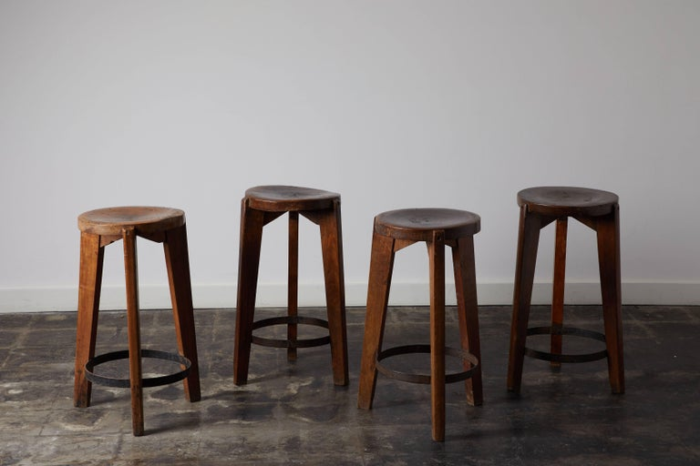 Set of Four Stools by Pierre Jeanneret for Punjab University in Chandigarh In Distressed Condition For Sale In Los Angeles, CA