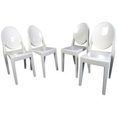 Set of Four Stylish Mid-Century Modern Plastic Chairs