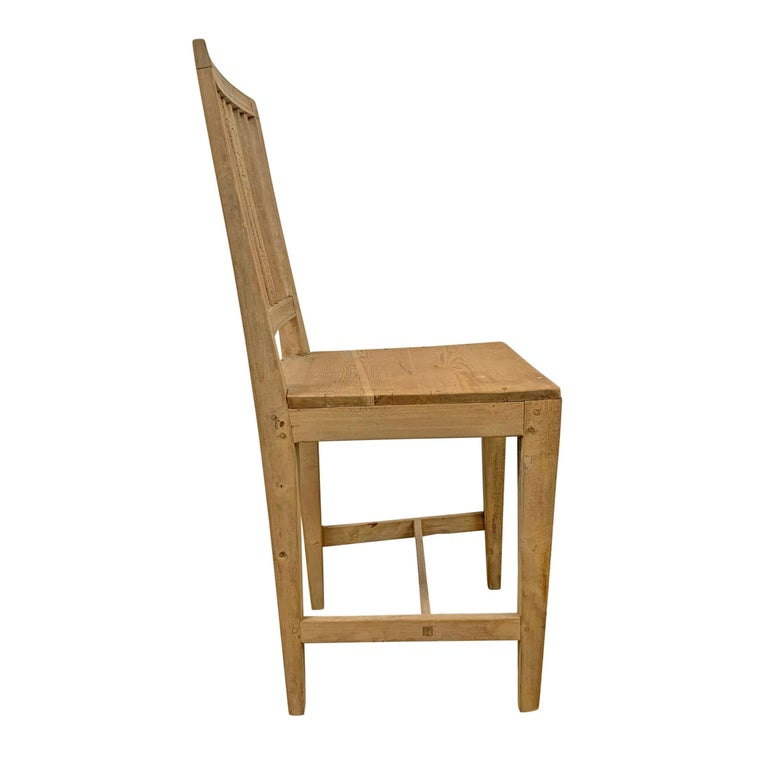 19th Century Set of Four Swedish Gustavian Pine Dining Chairs For Sale