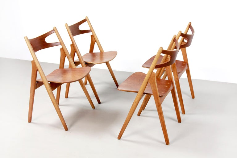 Set of Four Teak Hans J Wegner Sawbuck Model CH29 Chairs by Carl Hansen In Good Condition For Sale In Amsterdam, Noord Holland