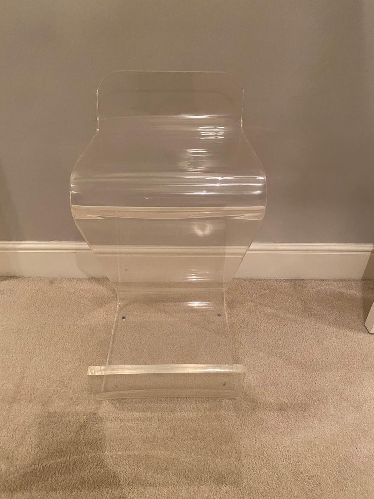 Set of Four Thick Lucite Bar Stools by Gary Gutterman In Good Condition For Sale In New York, NY