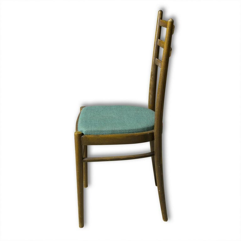 Set of Four Ton Dining Chairs, Czechoslovakia, 1960s In Good Condition For Sale In Prague 8, CZ