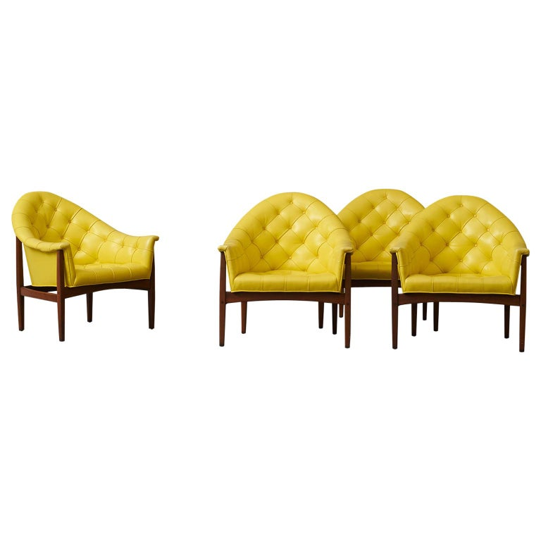 Set of Four Tufted Lounge Chairs by Milo Baughman for Thayer Coggin For Sale