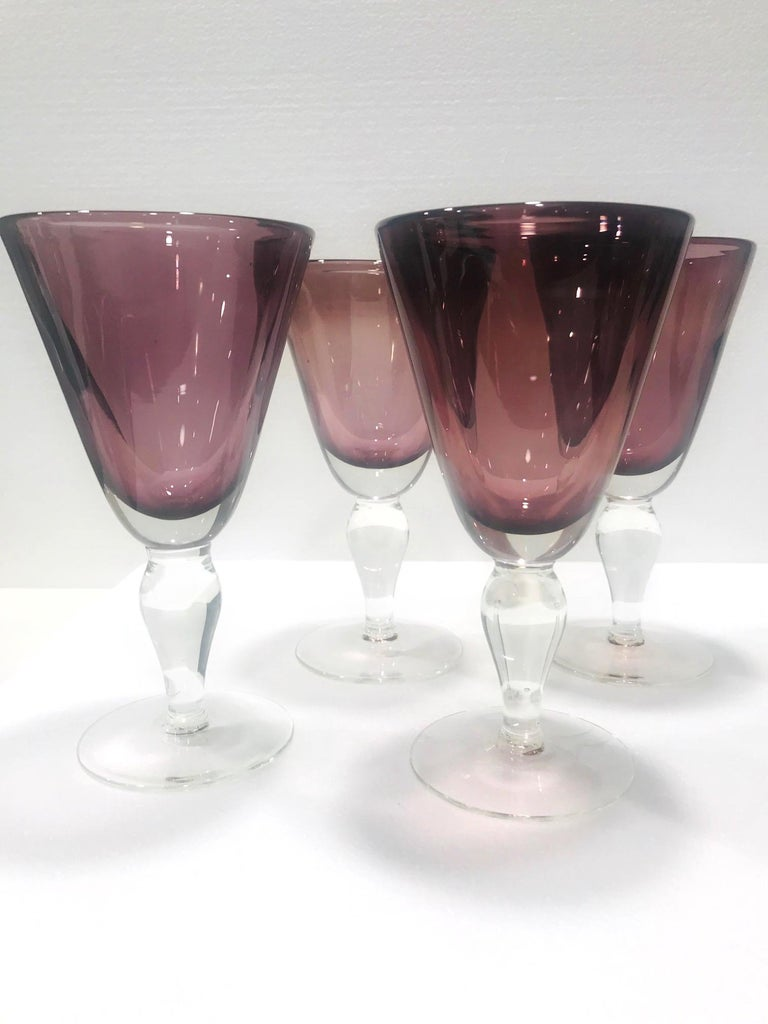 Mid-Century Modern Set of Four Venetian Murano Glass Goblets in Purple Amethyst, Italy, circa 1990 For Sale