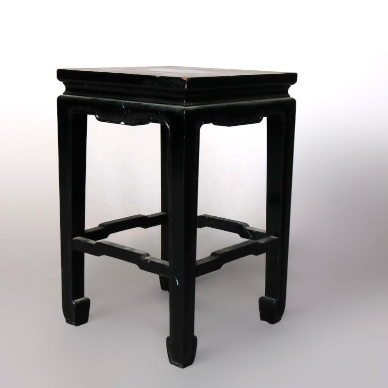 Set of Four Vintage Black Lacquered Chinese Side Stands, 20th Century In Good Condition For Sale In Big Flats, NY
