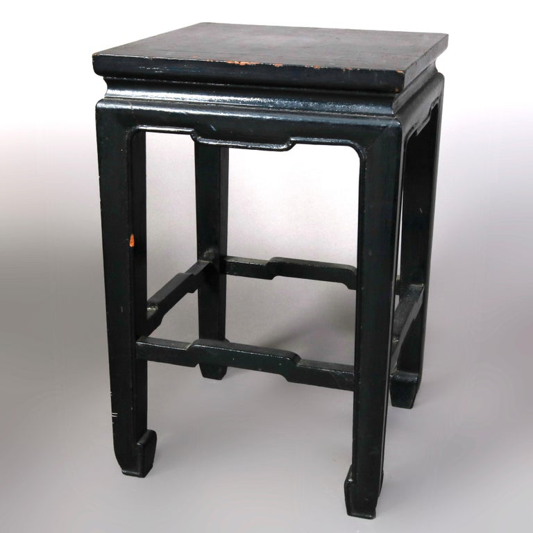 Set of Four Vintage Black Lacquered Chinese Side Stands, 20th Century For Sale 1
