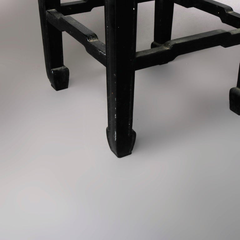 Set of Four Vintage Black Lacquered Chinese Side Stands, 20th Century For Sale 3
