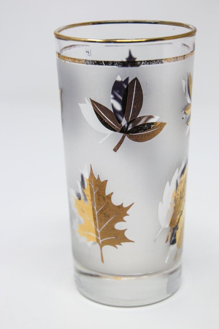 Set of Four Vintage Cocktail Glasses by Libbey with Gold Leaf Design For Sale 4