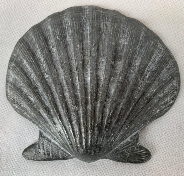 Set of Four Vintage Lead Scallop Shells for the Garden, Patio, Terrace For Sale 1