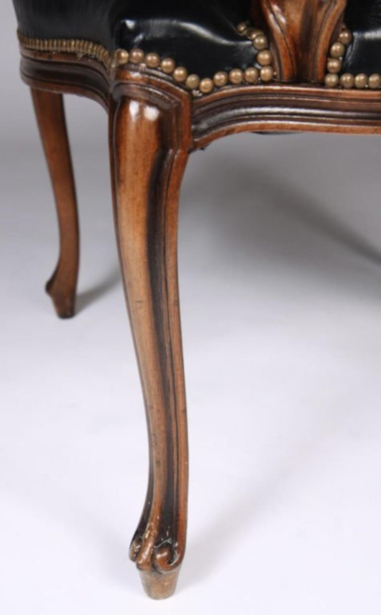 Italian Set of Four Walnut and Leather Fauteuil For Sale