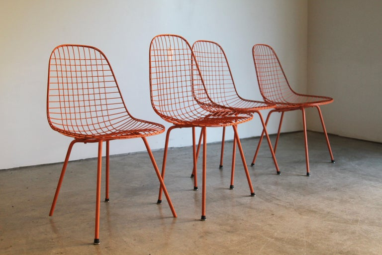 Designer: Charles and Ray Eames  Manufacture: Herman Miller  Period/style: Mid-Century Modern  Country: US  Date: 1951.