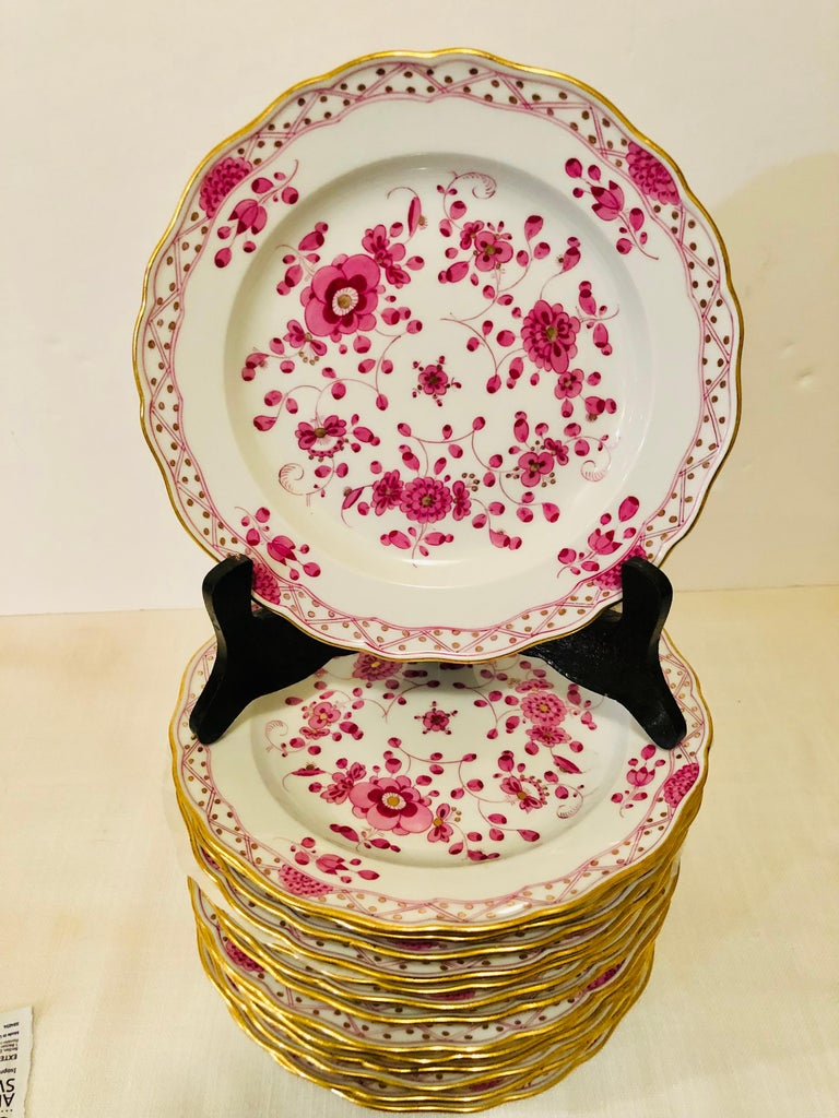 Hand-Painted Set of Fourteen Meissen Purple Indian Dessert Plates from the Late 19th Century