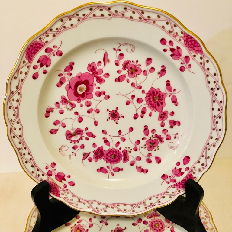 Set of Fourteen Meissen Purple Indian Dessert Plates from the Late 19th Century In Good Condition In Boston, MA