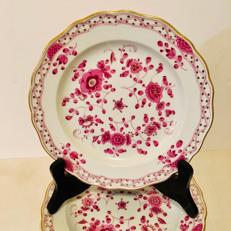 Porcelain Set of Fourteen Meissen Purple Indian Dessert Plates from the Late 19th Century