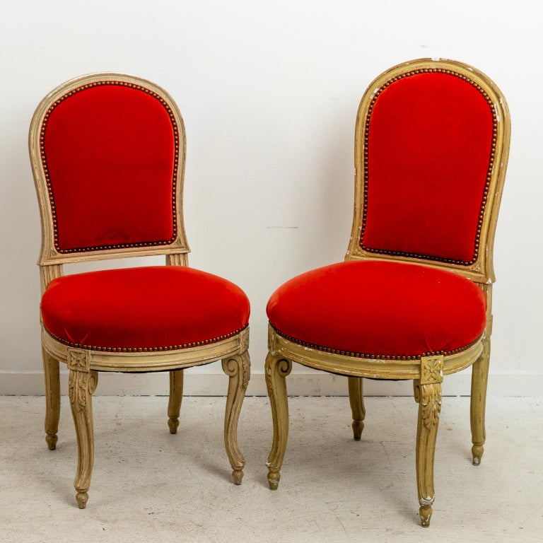 Set of Fourteen Orange Velvet Upholstered Dining Chairs, circa 1920s For Sale 2