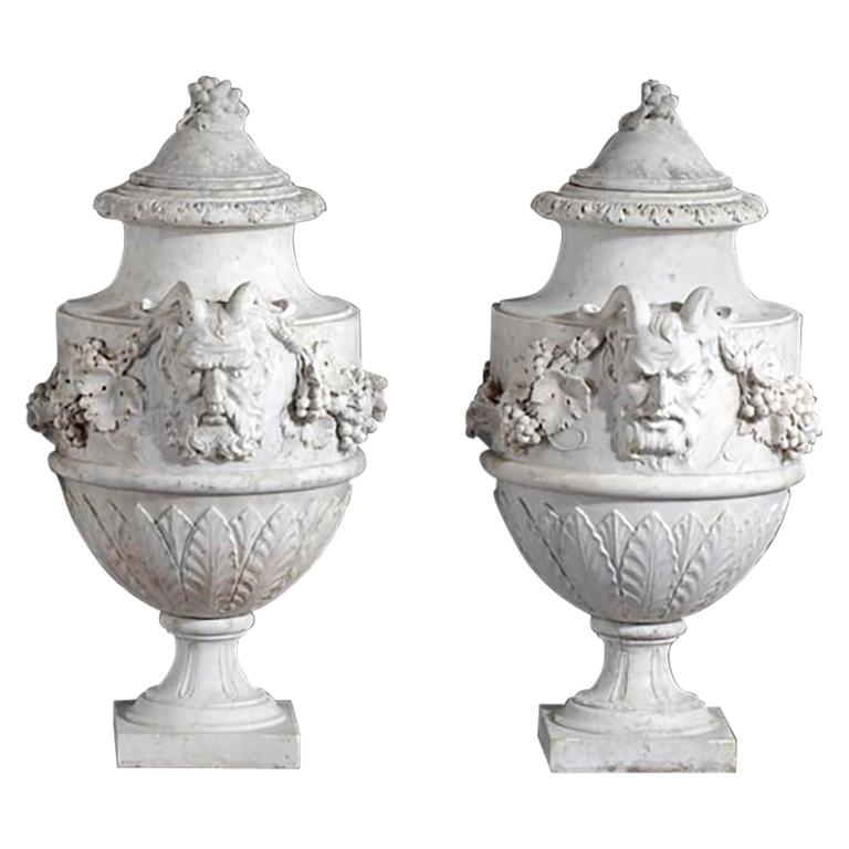 Set of French Sculpted White Marble Vases in Neoclassical Style For Sale
