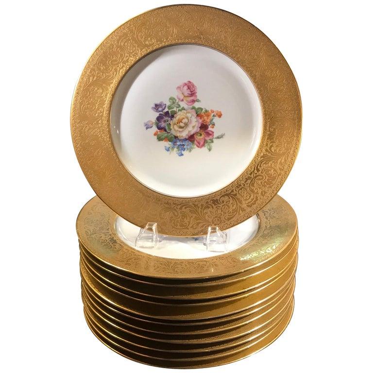 Set of Gold Encrusted Border Floral Dinner Service Plates For Sale
