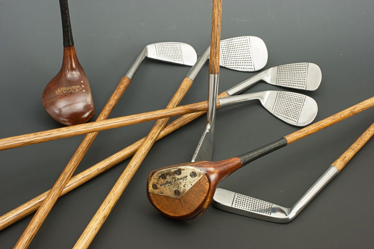 Set of Hickory Golf Clubs by Gibson of Kinghorn, Fife, Scotland For Sale 2