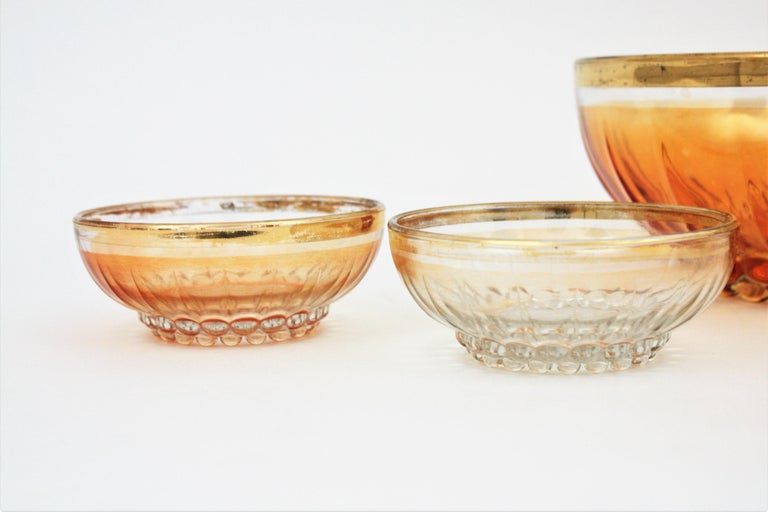 Set of Iridiscent Amber and Clear Pattern Pressed Glass Gold Rim Bowls For Sale 2