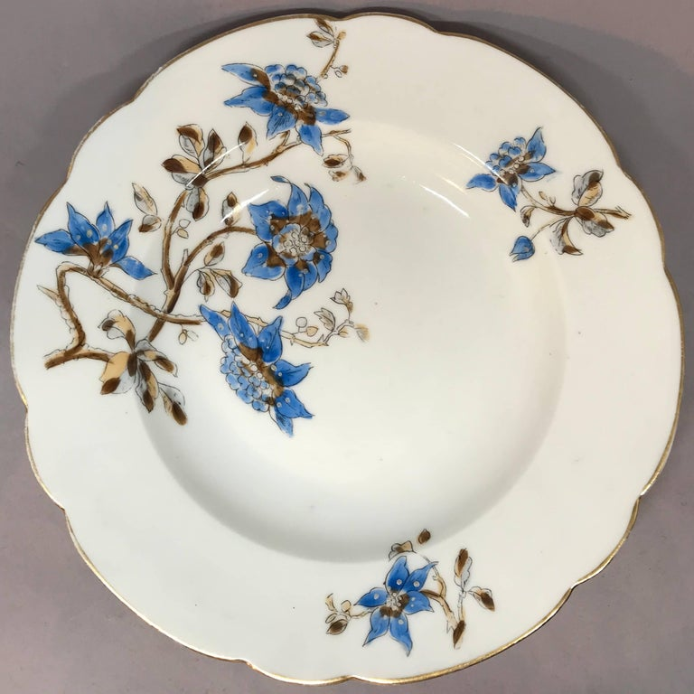Porcelain Set of Five Italian Blue and White Floral Plates For Sale