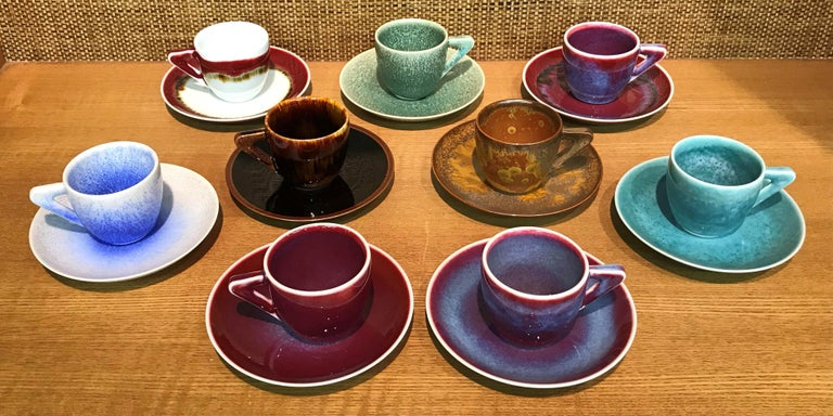 Set of Japanese Tall Hand Glazed Porcelain Mug Cups and Plates by Master Artist For Sale 7