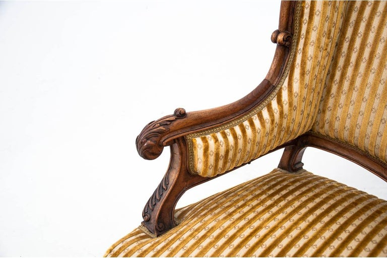 Set of Louis Philippe Style Living Room Set, France, circa 1890 For Sale 7