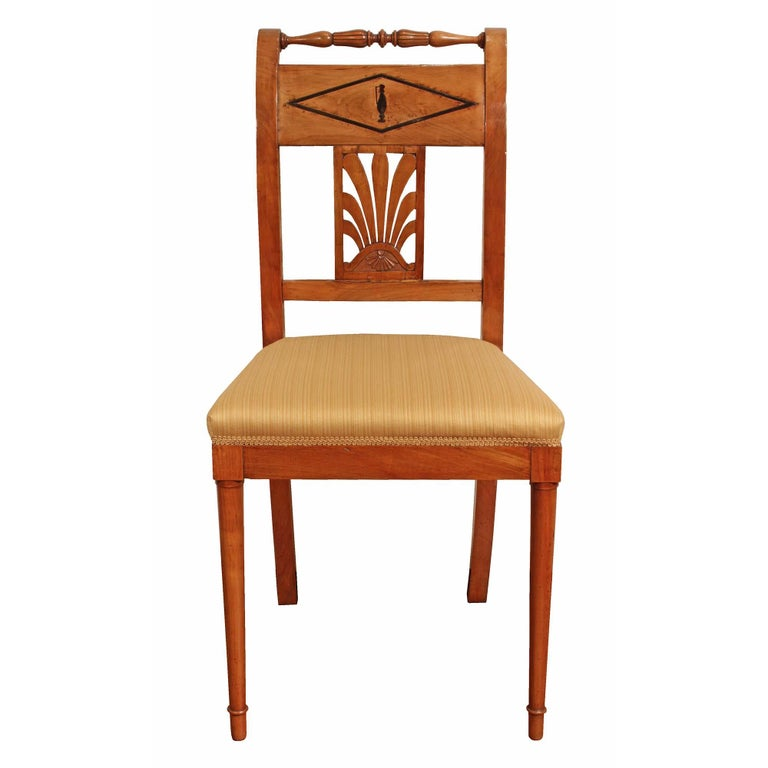 Cherry Set of Mid-19th Century Biedermeier Dining Room Chairs For Sale