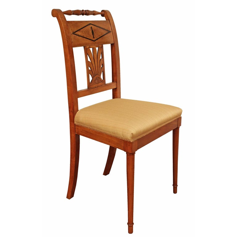 Set of Mid-19th Century Biedermeier Dining Room Chairs For Sale 1