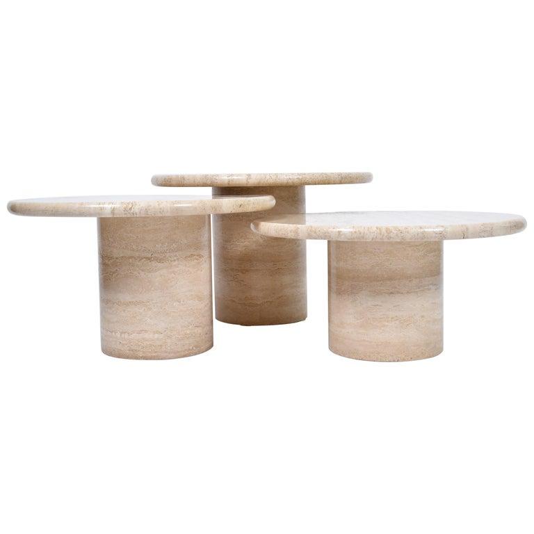 Set of Mid-Century Modern Cream Travertine Round Pedestal Coffee Tables, 1970 For Sale