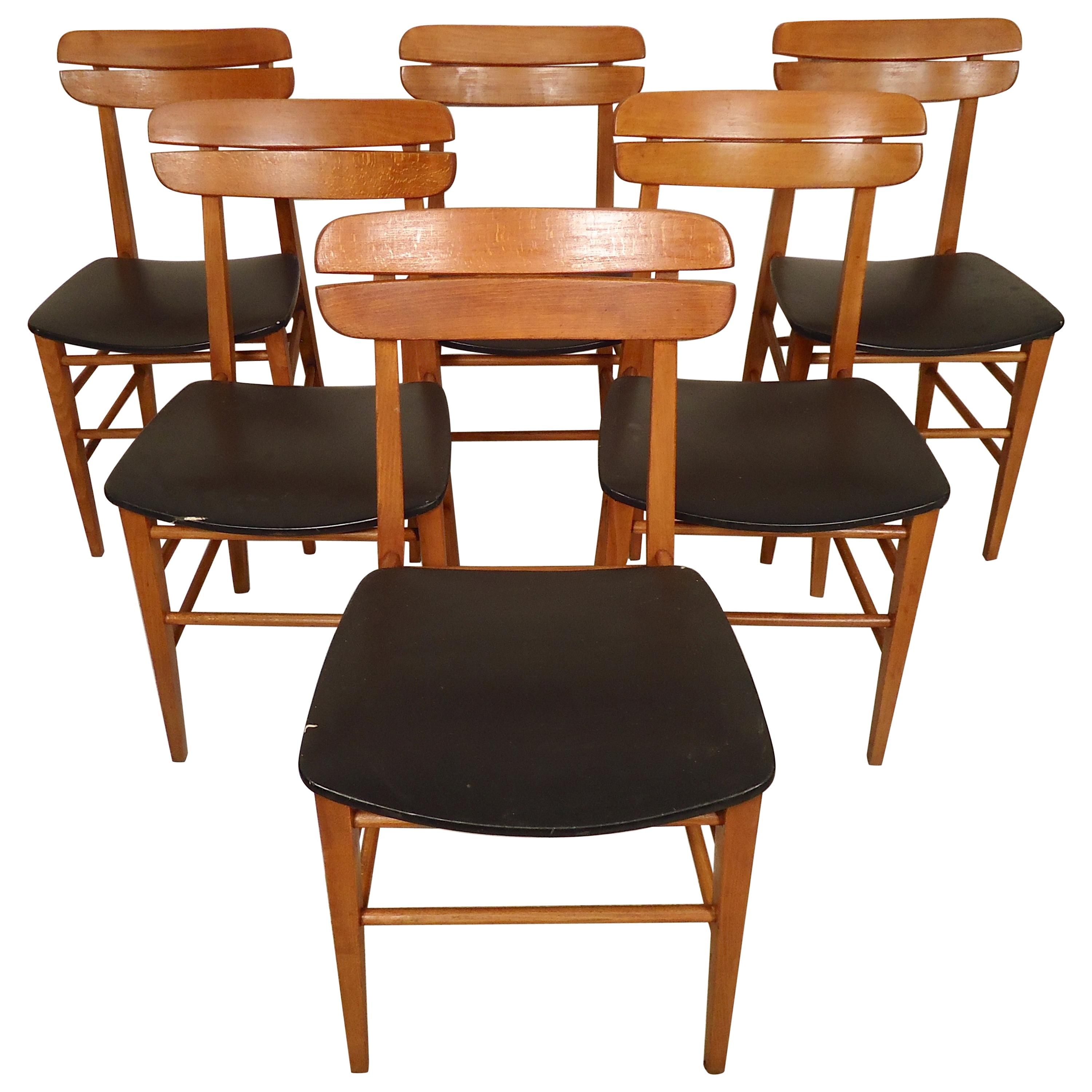 Set of Mid-Century Modern Dining Chairs