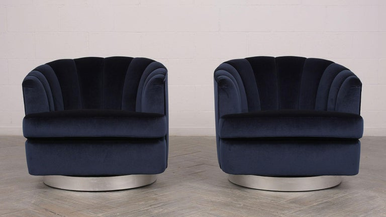 American Set of Mid-Century Modern Milo Baughman Swivel Club Chairs For Sale