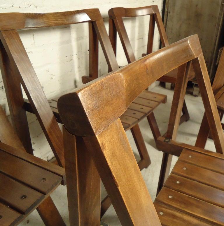 Mid-20th Century Set of Mid-Century Modern Slat Chairs