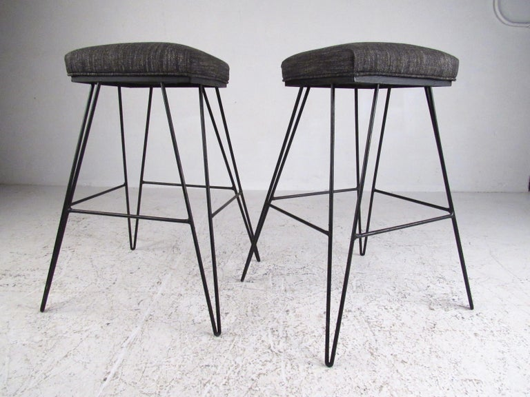 Mid-20th Century Set of Midcentury Hairpin Barstools For Sale