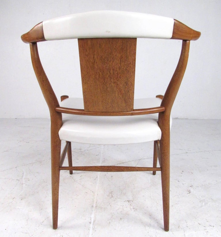 Set of Midcentury Leather Dining Chairs by Heritage Henredon For Sale 6