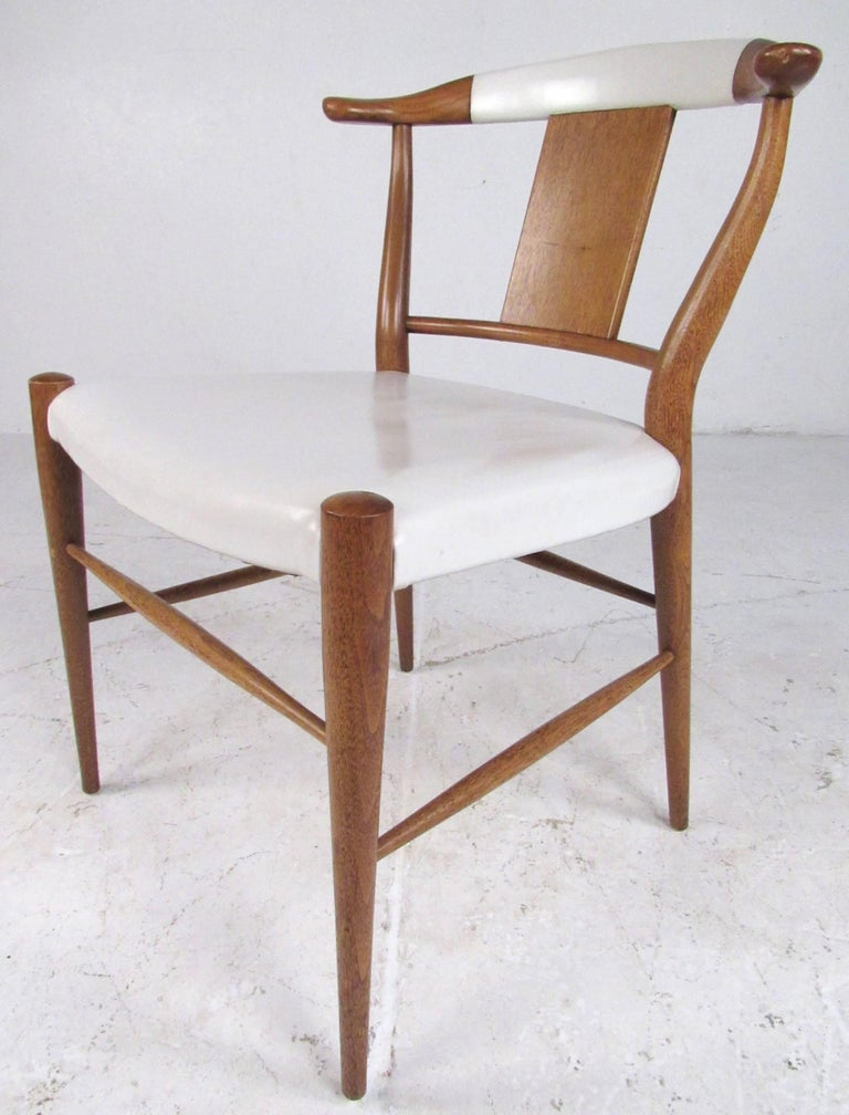 Set of Midcentury Leather Dining Chairs by Heritage Henredon For Sale 2