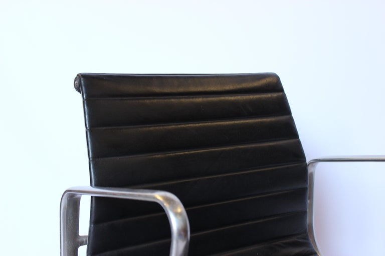 Set of Office Chairs, Model EA 107, Charles and Ray Eames, 1970s In Good Condition For Sale In Lejre, DK