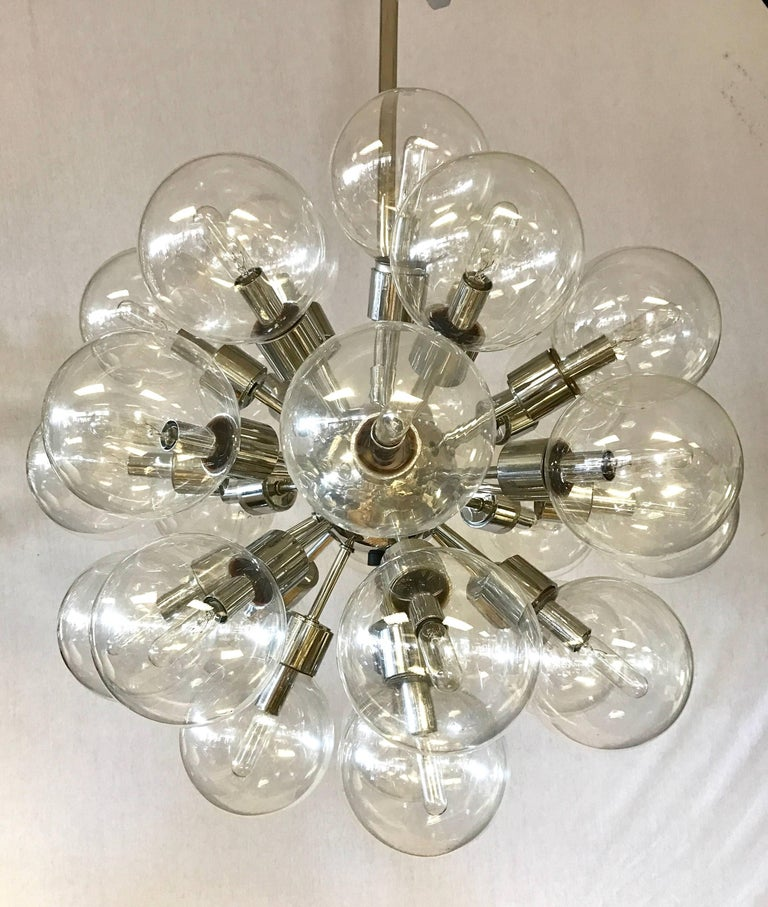 Mid-Century Modern Set of Original, 1960s Lightolier Matching Thirty Globe Sputnik Chandeliers For Sale
