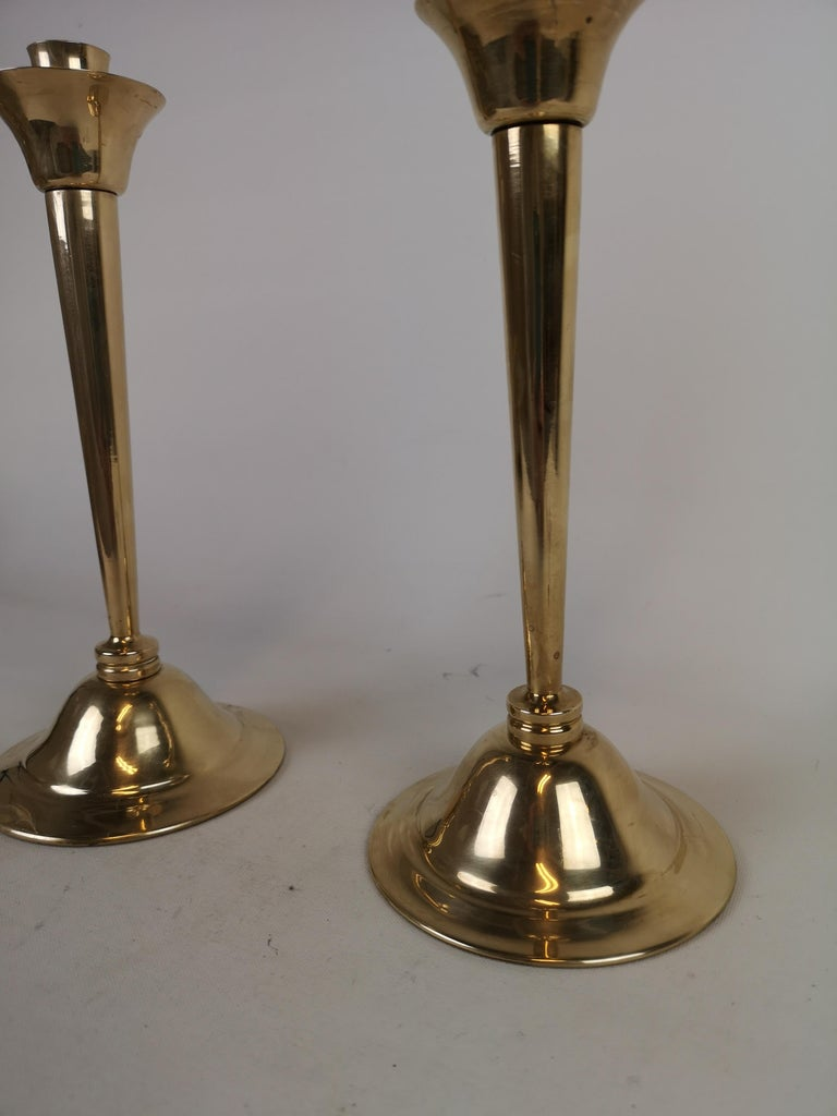 Set of Pair of Candlestick and Tray in Brass by Lars Holmström Arvika, Sweden In Good Condition For Sale In Langserud, SE