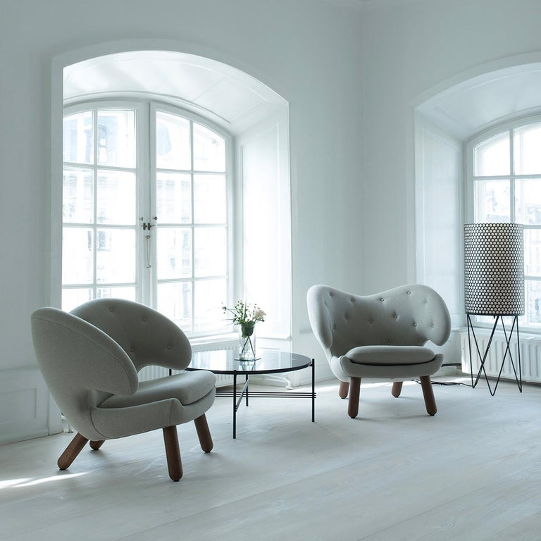 Set of Pelican Chair in Wood and Fabric and Pelican Table by Finn Juhl For Sale 8