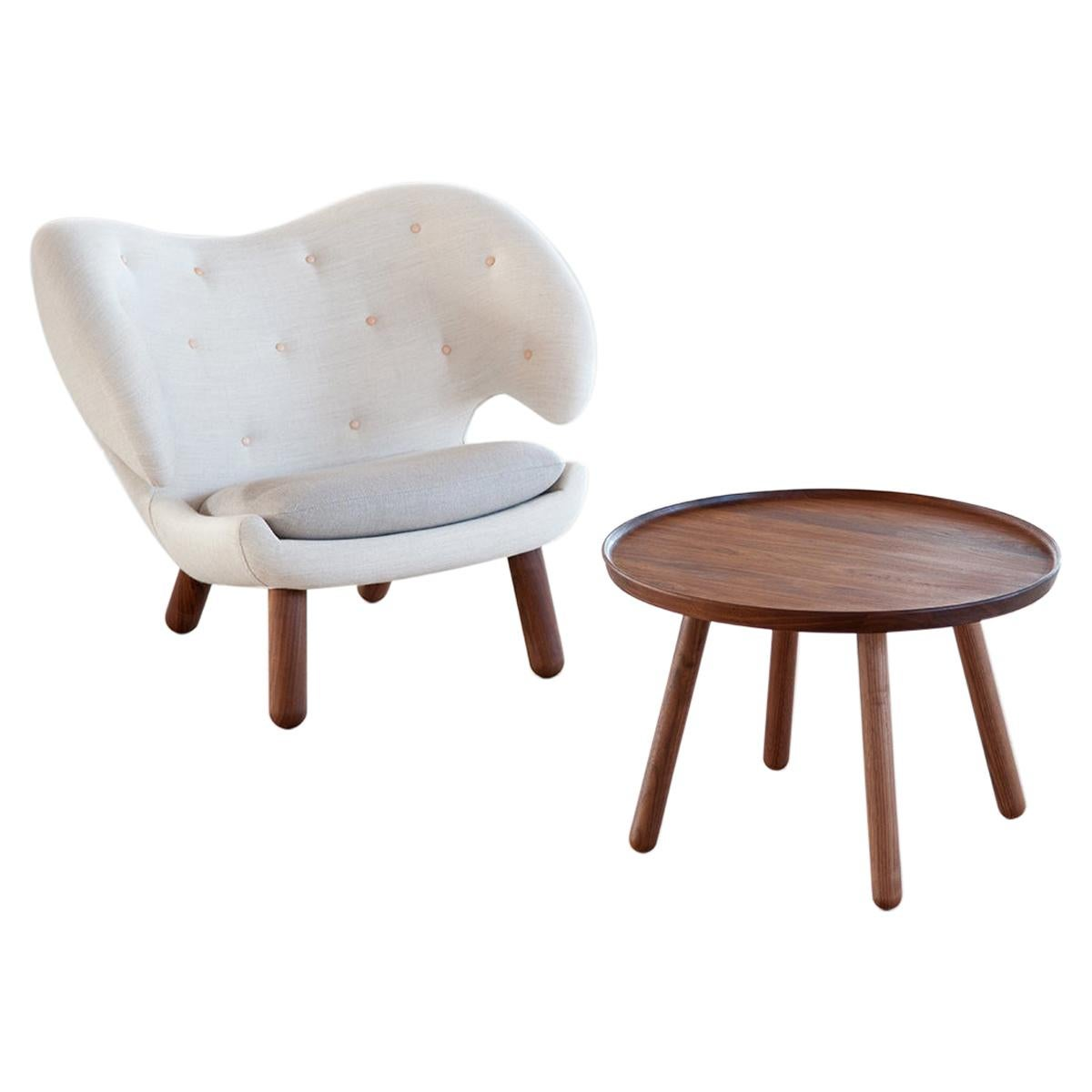 Set of Pelican Chair in Wood and Fabric and Pelican Table by Finn Juhl