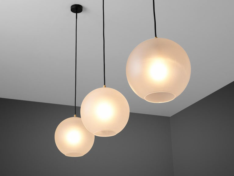 Set of Pendants with Frosted Glass Spheres In Excellent Condition For Sale In Waalwijk, NL