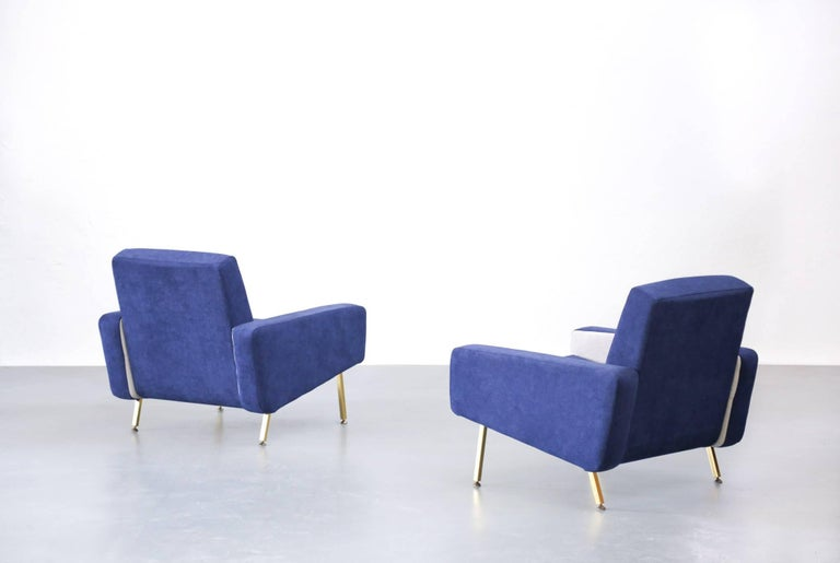 Set of Pierre Guariche Sofa Bed and Pair of Armchairs for Airborne French Design For Sale 11