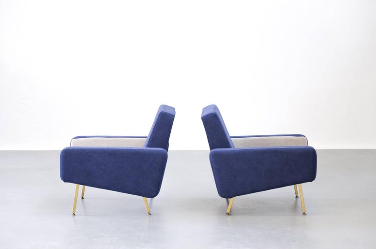 Set of Pierre Guariche Sofa Bed and Pair of Armchairs for Airborne French Design For Sale 12