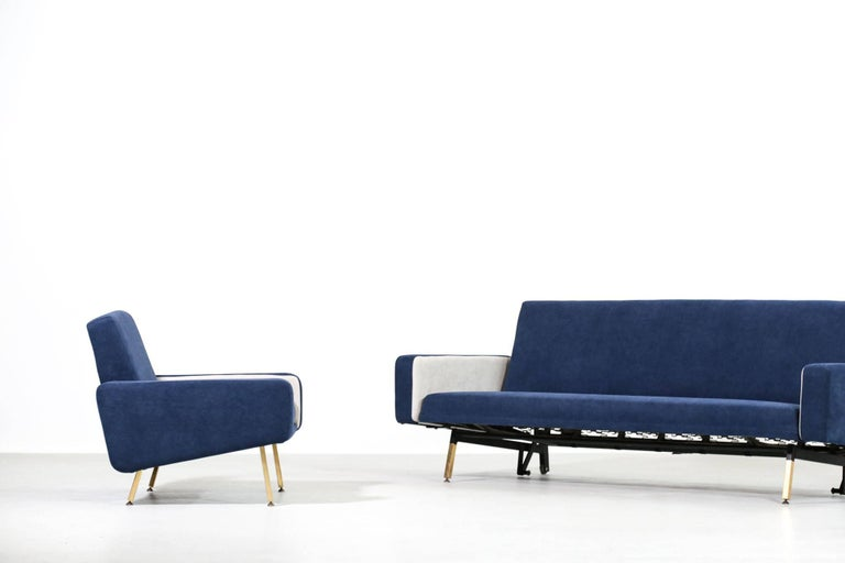 Rare set of French designer Pierre Guariche for Airborne Sofa and lounge chairs. We can split the set. Freshly re-upholstery.