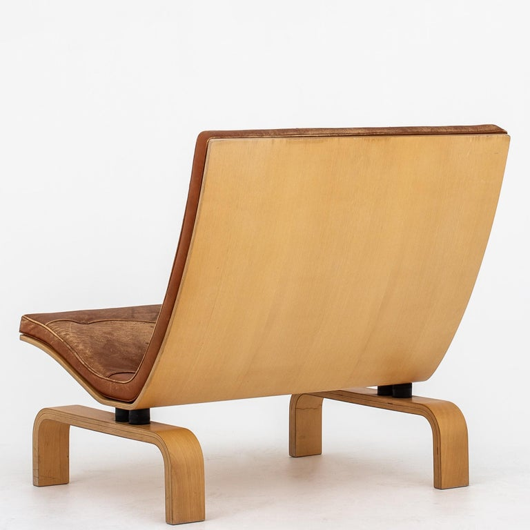 Danish Set of PK 27 Chairs and Table by Poul Kjærholm.  For Sale