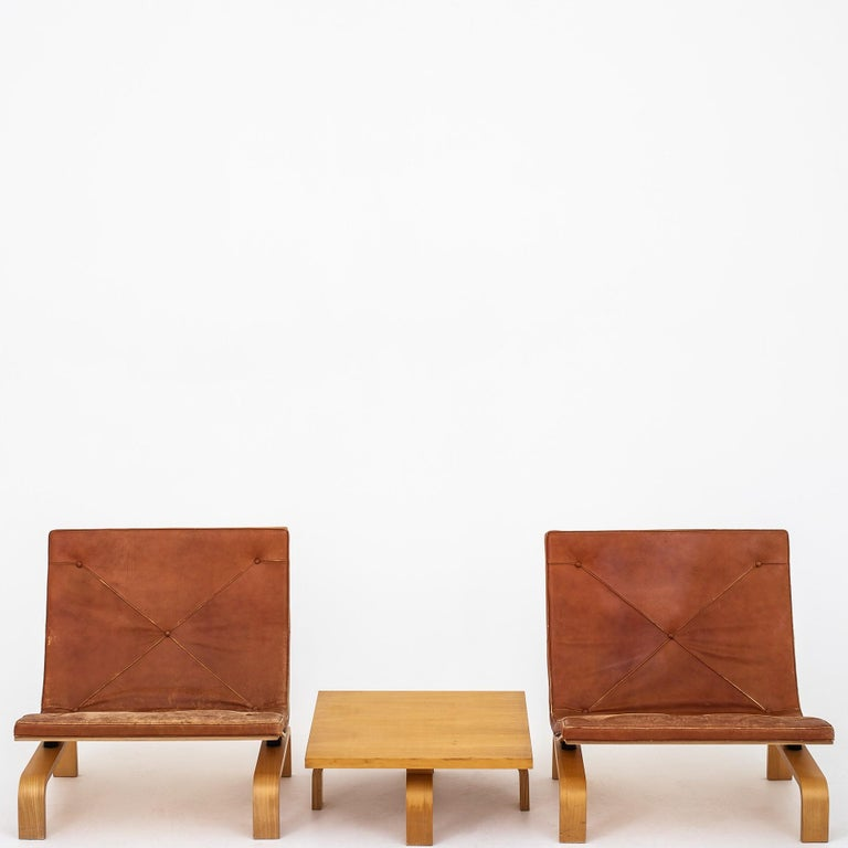 Set of PK 27 Chairs and Table by Poul Kjærholm.  For Sale 1