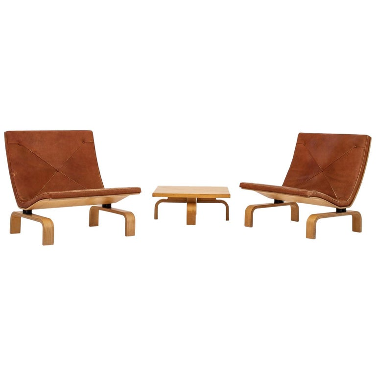 Set of PK 27 Chairs and Table by Poul Kjærholm.  For Sale