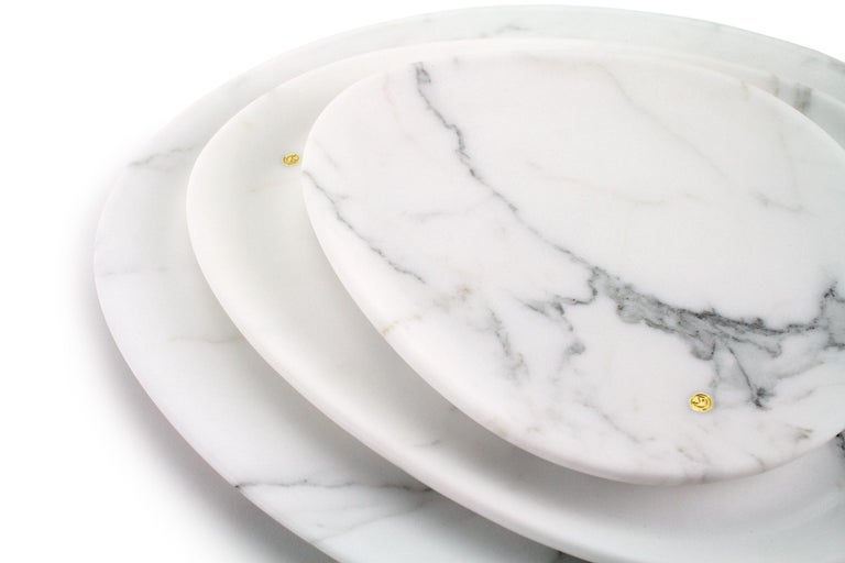 Modern Set of Plates Hand Carved in White Statuary Marble Design by Pieruga Marble For Sale
