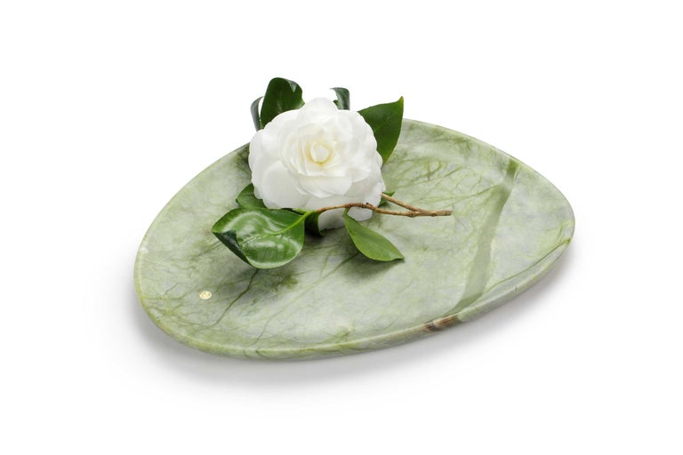 Hand-Carved Set of Plates Handmade Green Onyx and Green Ming Design Pieruga Marble Italy For Sale
